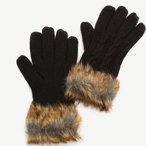 New mittens with faux fur